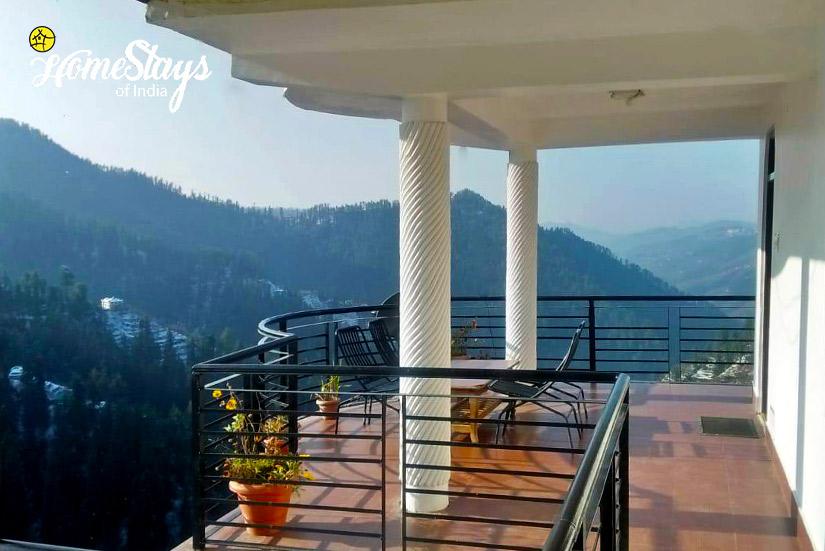 Balcony-2_Narkanda-Homestay