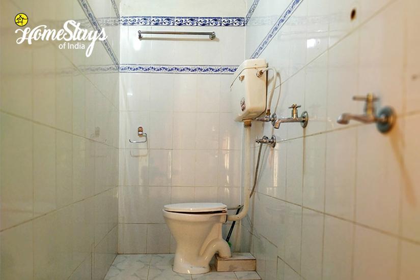 Bathroom_Chaukori-Homestay