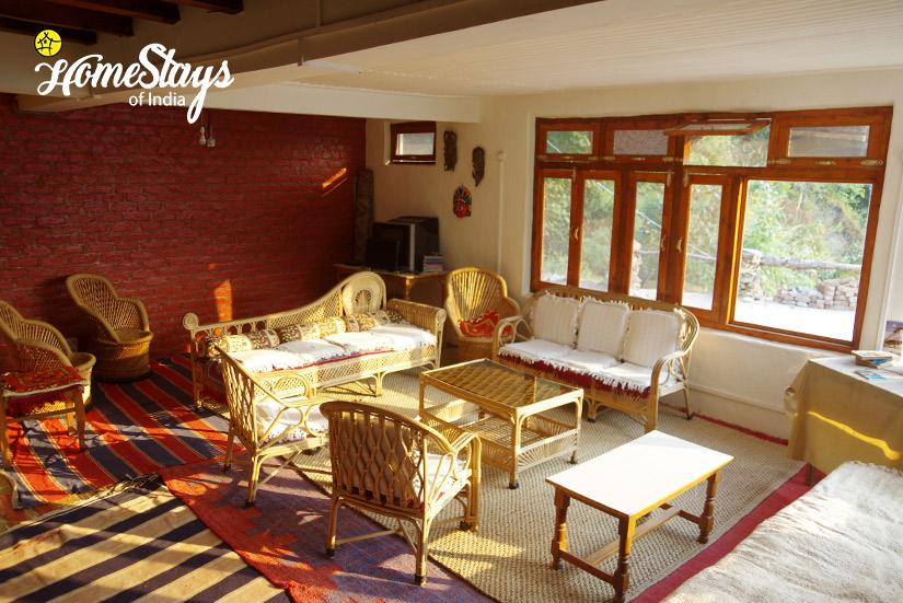 Common-Sitting-Chadiara-Heritage-Homestay