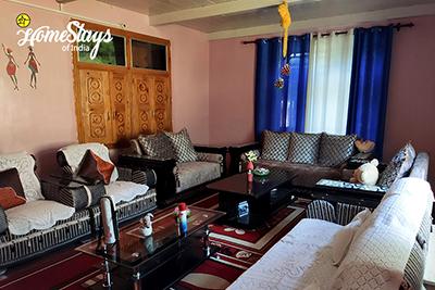 Drawing-Room-Sainj Valley Homestay