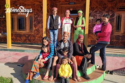 Host-Family-Sainj Valley Homestay