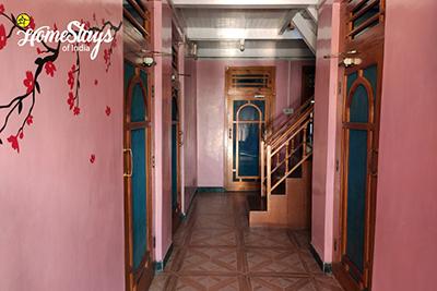 Interior-Sainj Valley Homestay