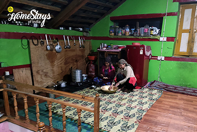 Kitchen-Sainj Valley Homestay