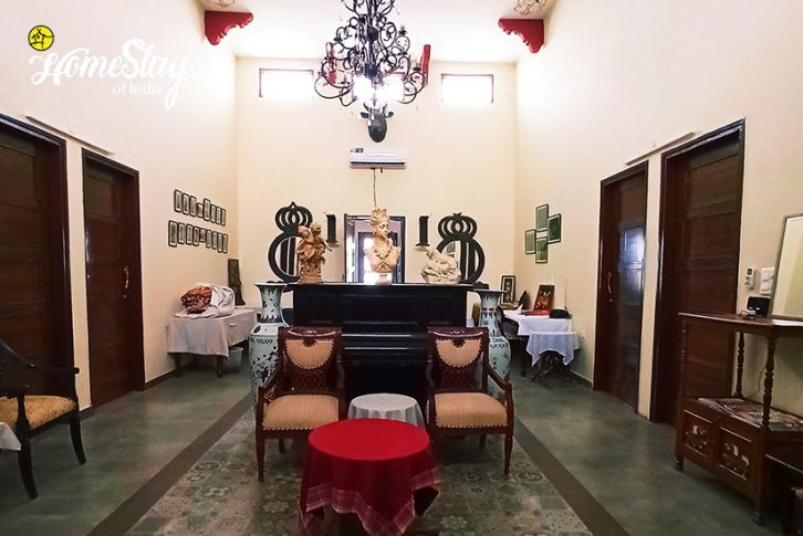 Lobby-Panchkula Heritage Homestay