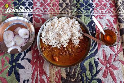 Lunch-Sainj Valley Homestay