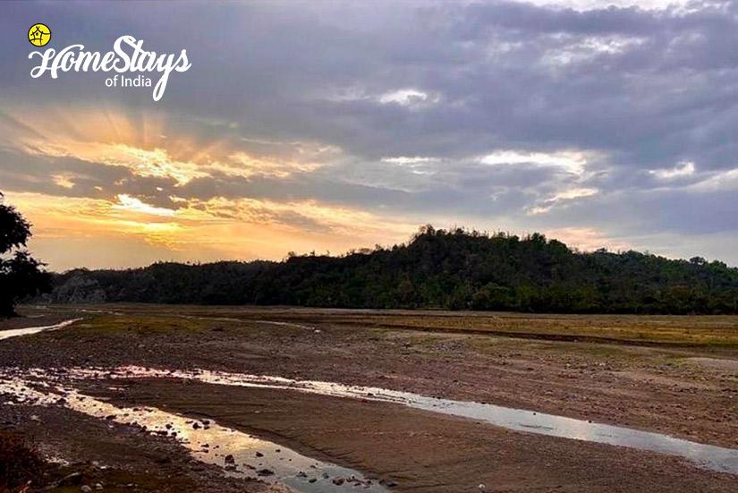 Peeli-River-Rajaji Homestay