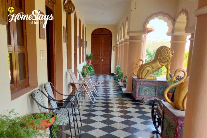 Varanda2-Panchkula Heritage Homestay