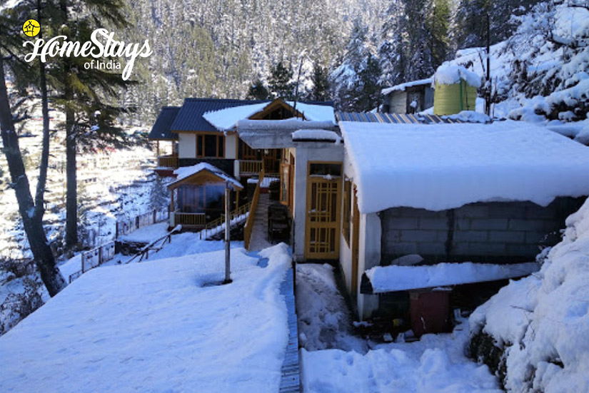 Winter-Seri Homestay-Jibhi
