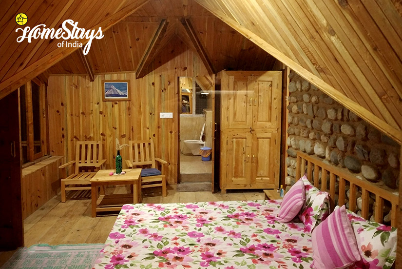 4 Bedded Family Suite-02-House of Bahu