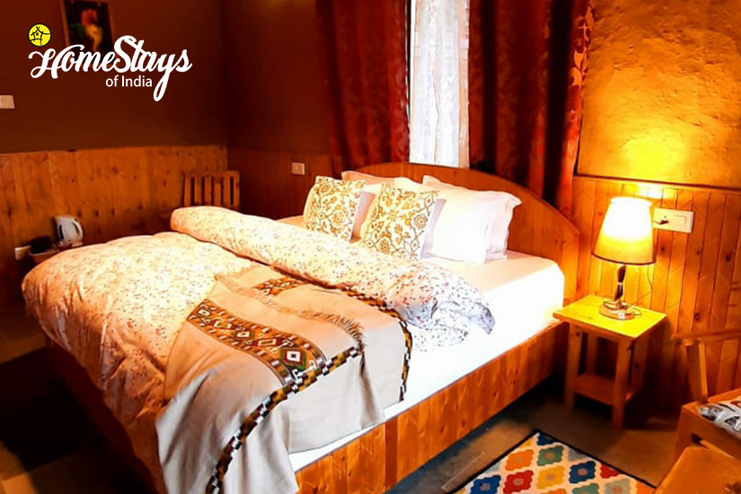 Double-Room-02-House of Bahu
