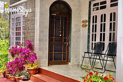 Entrance2_Banikhet Homestay-Dalhousie