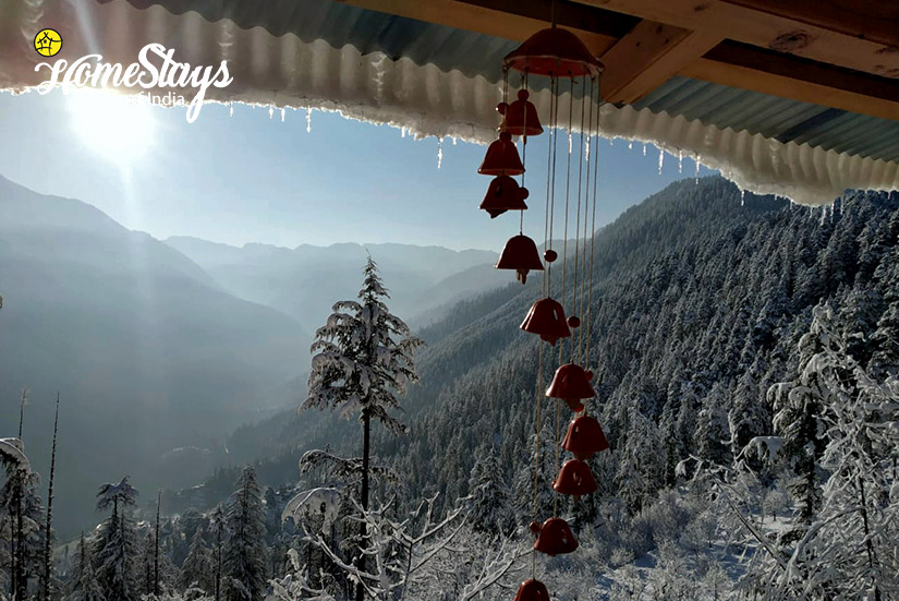 Winter-View-Balcony-House-of-Bahu