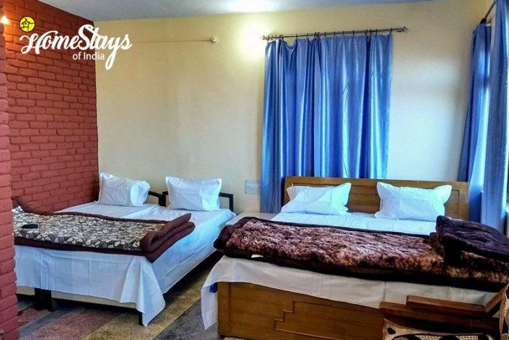 Room-1-Rautela Homestay-Ranikhet
