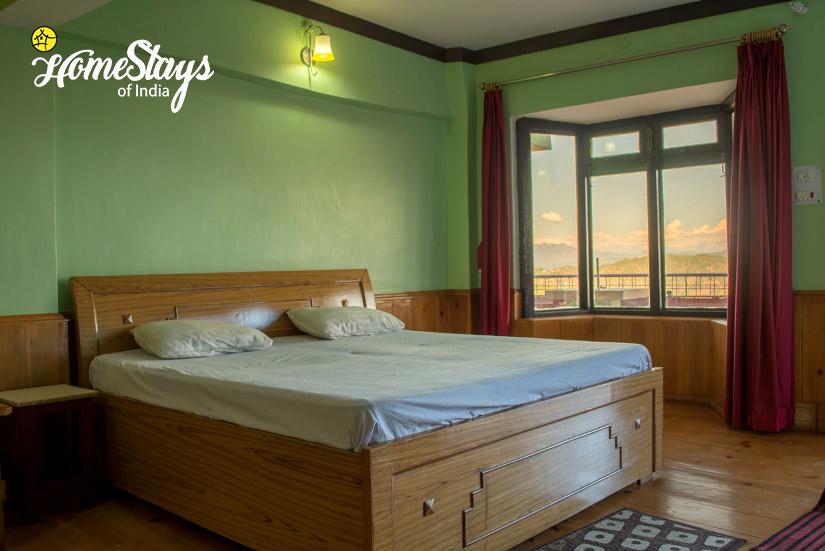 Room-2-Rautela Homestay-Ranikhet