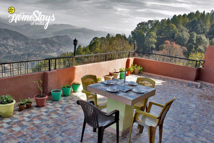 Terrace View-Rautela Homestay-Ranikhet