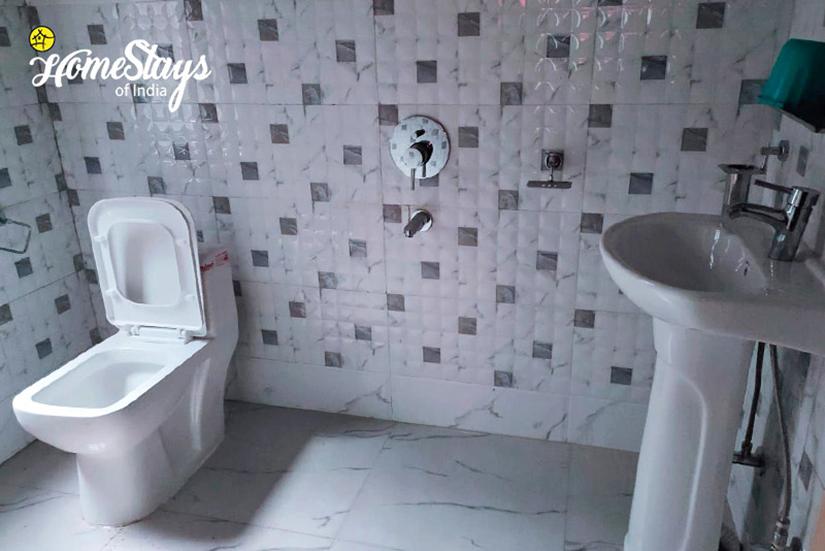 Bathroom_Lachen-Homestay