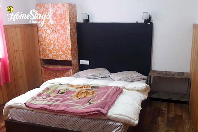 Bedroom-2_Lachen-Homestay
