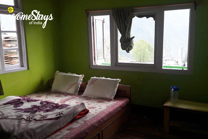 Bedroom-3_Lachen-Homestay
