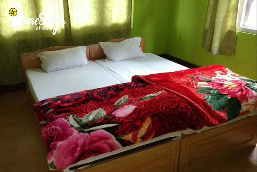 Bedroom_Lachen-Homestay