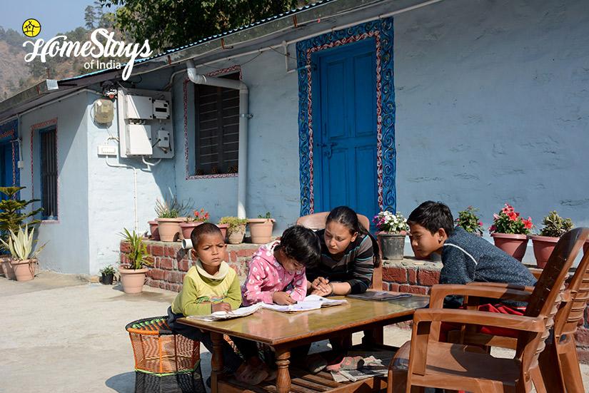 Study-Gaula River Homestay-Alchaunaa