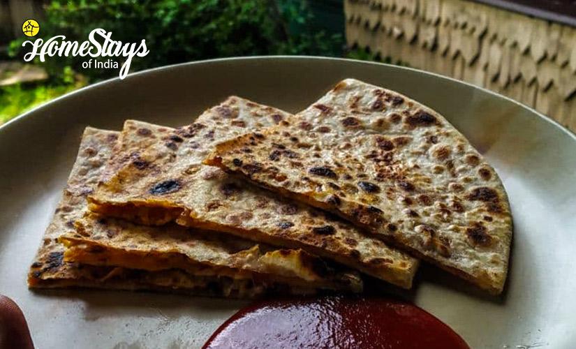 Breakfast-Laripora Homestay-Pahalgam