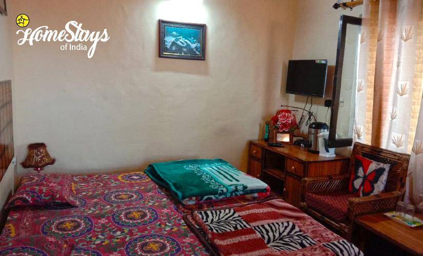 Superior Room-2-Mukteshwar Temple Homestay