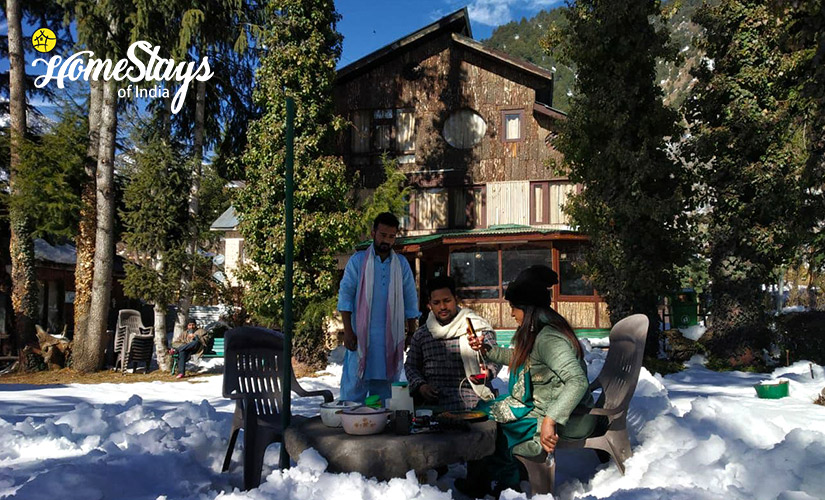 Winter-2-Laripora Homestay-Pahalgam