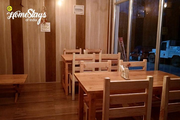 Dinning-Dal Lake Homestay-Naddi