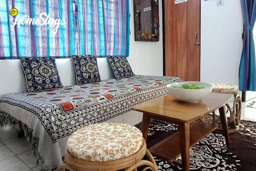 Drawing Room-1-Abanpolly Homestay-Shantiniketan
