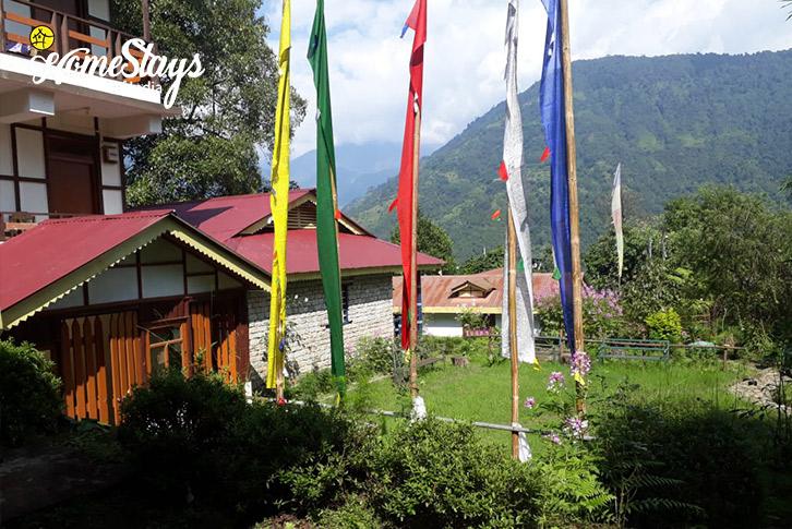 Garden-2-Lagay Village Homestay-Pelling