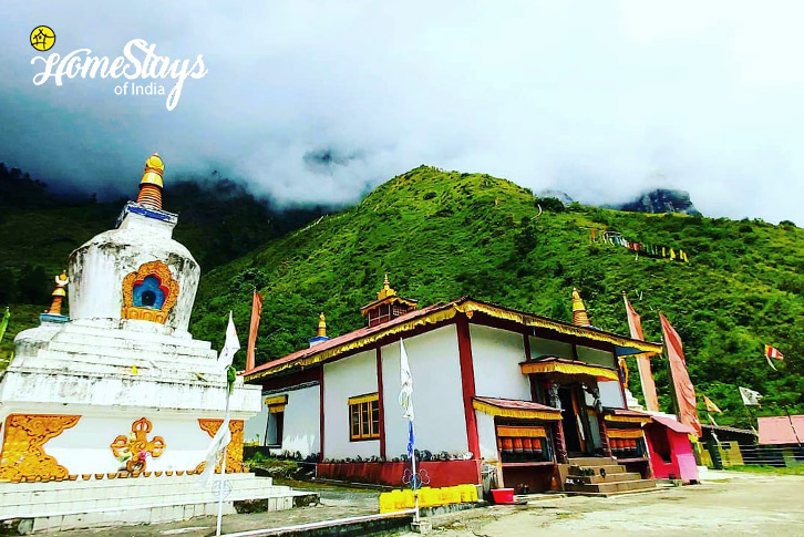 Monastery-Lachung Boutique Homestay