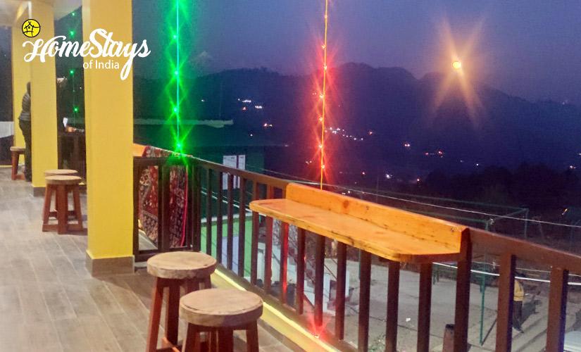 Night-View-Udiyari Homestay-Chaukori
