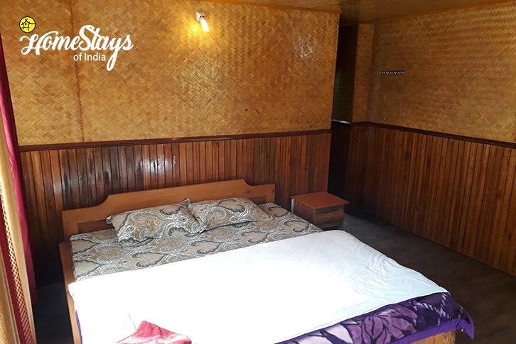 Room-2-Lagay Village Homestay-Pelling