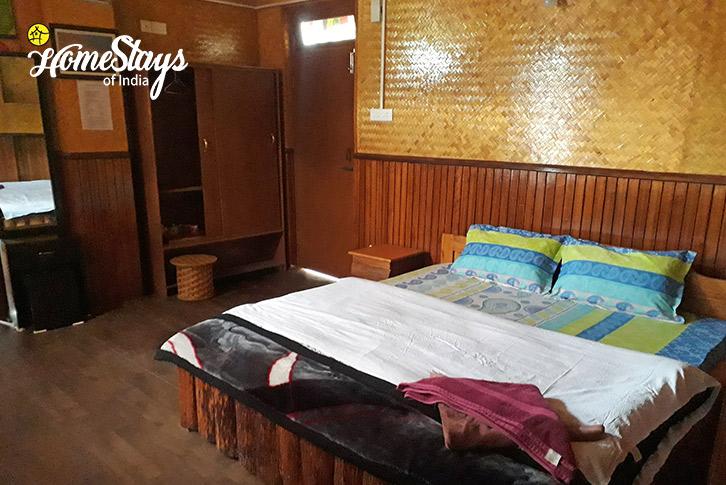 Room-3-Lagay Village Homestay-Pelling