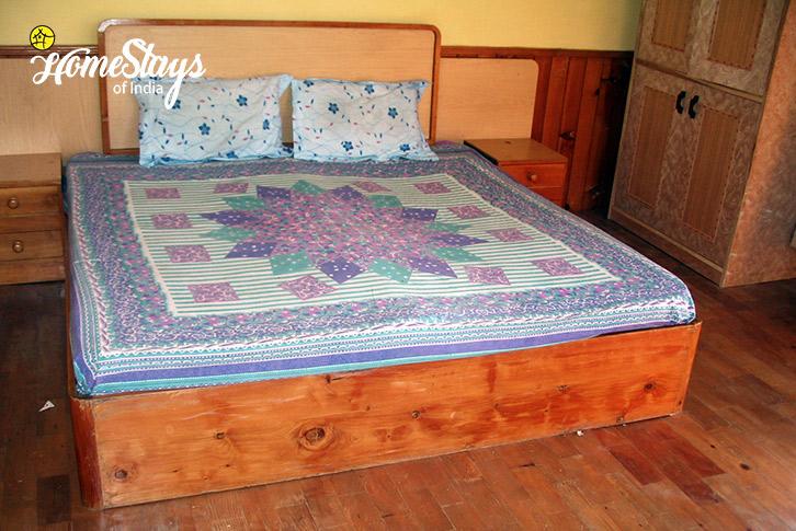 Room-3-Vashisht Homestay-Manali