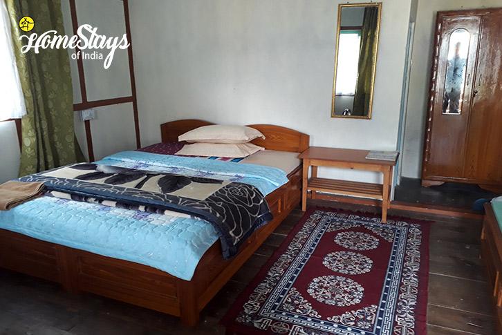 Room-4-Lagay Village Homestay-Pelling