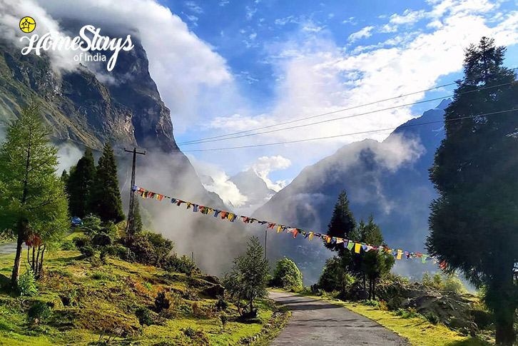 Surrounding-2-Lachung Boutique Homestay