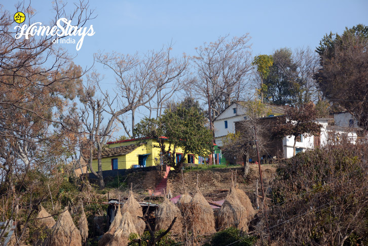 The-Village-2_Mirai-Homestay-Dwarahat