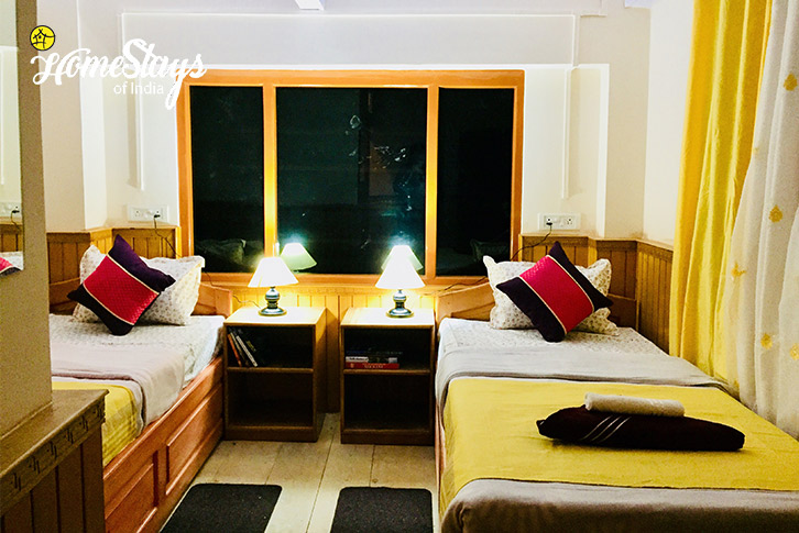 Twin Bedded Room-2-Lachung Boutique Homestay