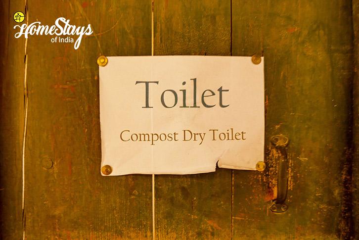 Composting Toilet-Stok Eco Village Homestay-Leh