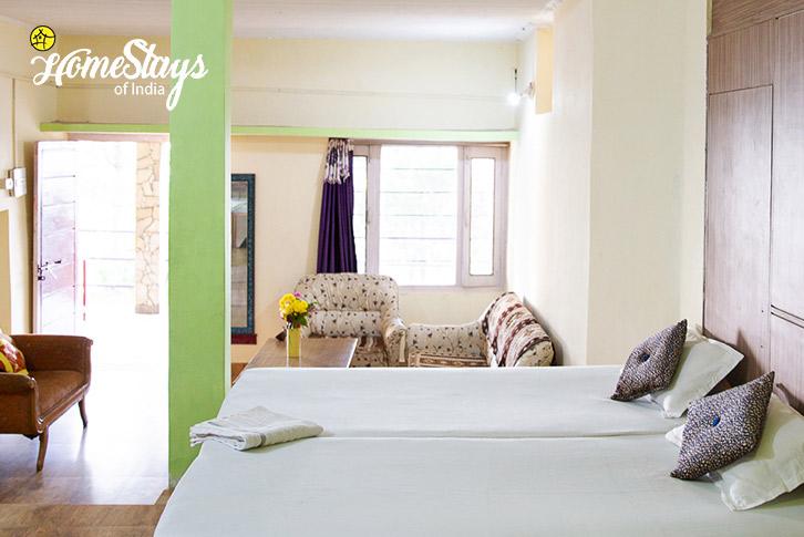 Double-Room-2-Kasar-Devi-Homestay