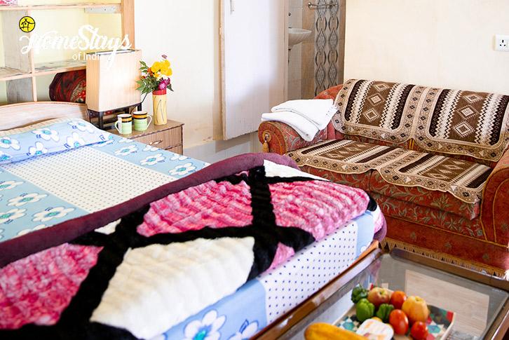 Double-Room-3-Kasar-Devi-Homestay
