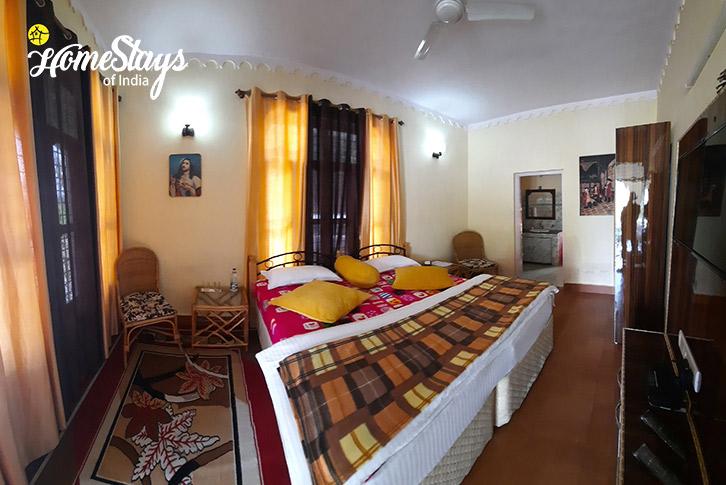 Double Room-Jone's Estate Homestay-Bhimtal