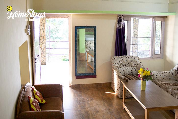 Family-Room-Sitting-Kasar-Devi-Homestay
