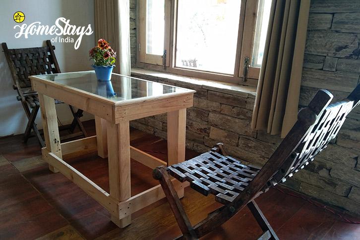 Furniture-2-Gehna Snowline Homestay-Mukteshwar