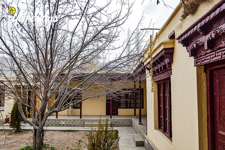 Interior-2-Sumur-Homestay-Nubra Valley-Ladakh
