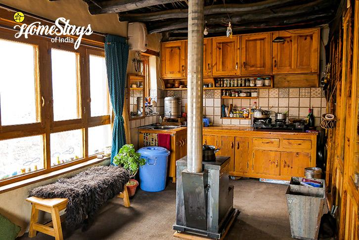 Kitchen-3-Stok Eco Village Homestay-Leh