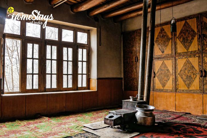 Local-Kitchen-Turtuk Homestay-Ladakh