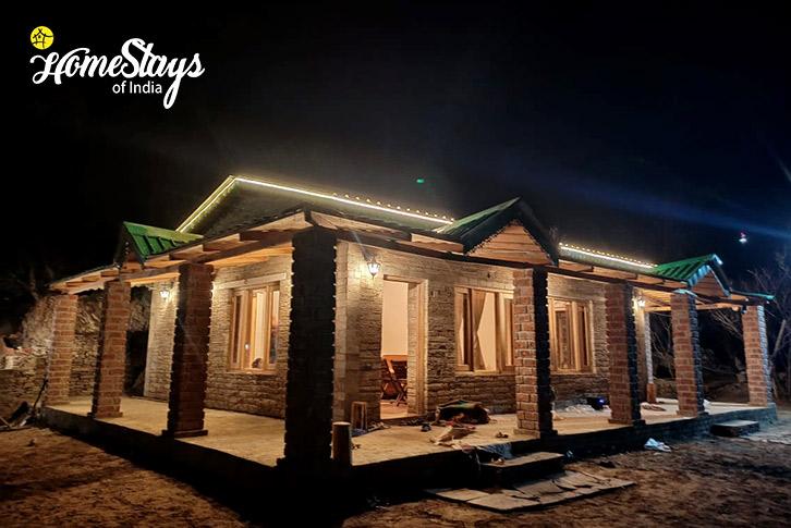 Night-View-Gehna Snowline Homestay-Mukteshwar