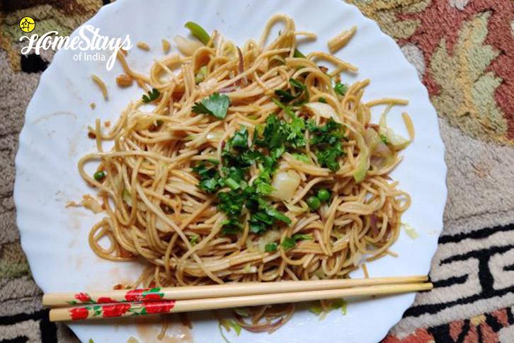 Noodles-17 Miles-Riverside-Homestay-Manali